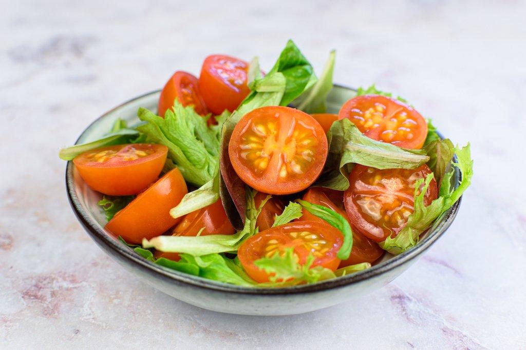 Ensalada de tomate sencilla