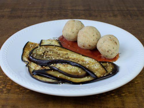 albondigas soja setas sesamo base tomate berenjena