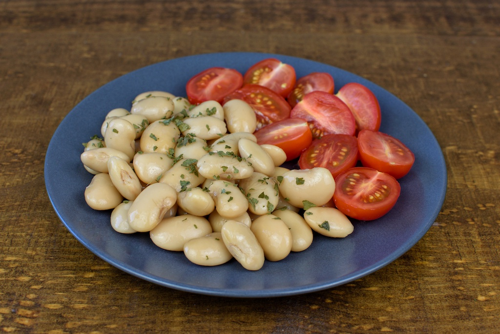 alubias blancas ensalada tomate cherry