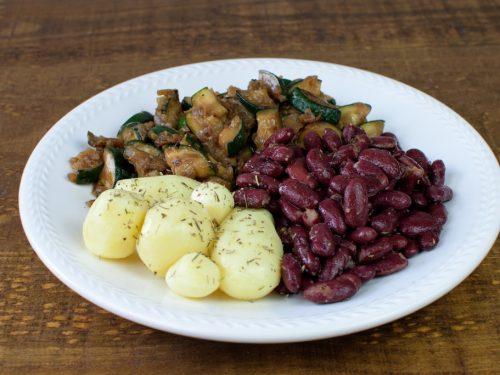 alubias rojas calabacin patata tomillo soja