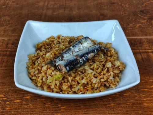 arroz salteado sardinas