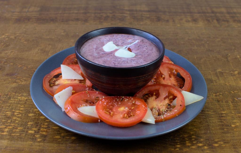 crema fria alubia roja ensalada tomate queso