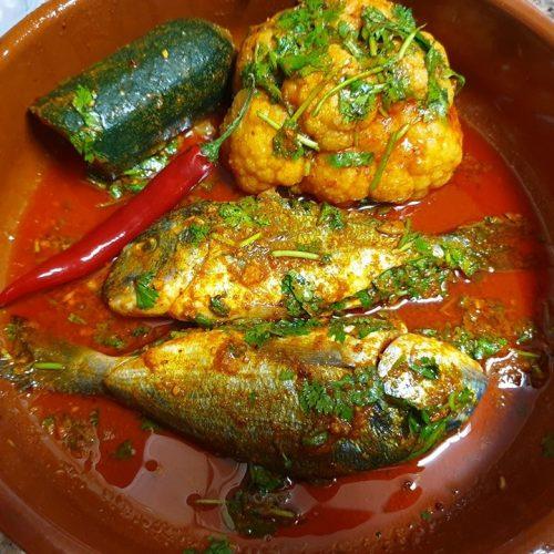 dorada salvaje con verduras y chili