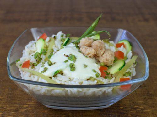ensalada arroz pepino lentejas aliño vegano