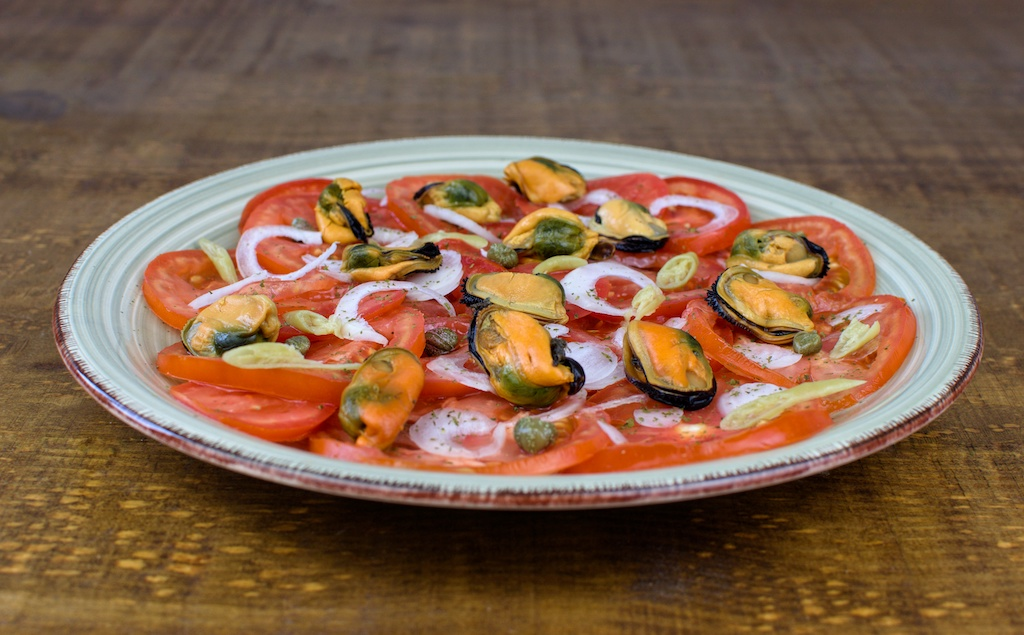 ensalada tomate mejillones