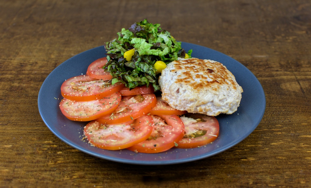 mini hamburguesa pavo ensalada tomate