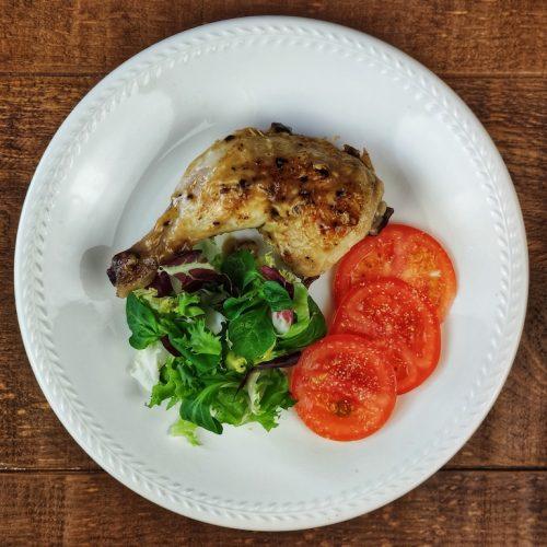pollo asado ajillo ensalada