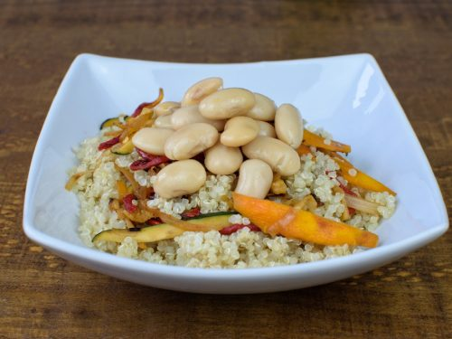 quinoa salteada verduras alubias blancas